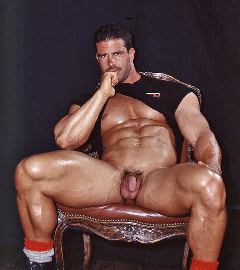 Free bob aaron cage nude gay bodybuilders