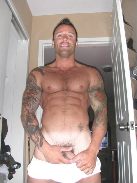 Naked Muscle Stud Roy Bennett Live